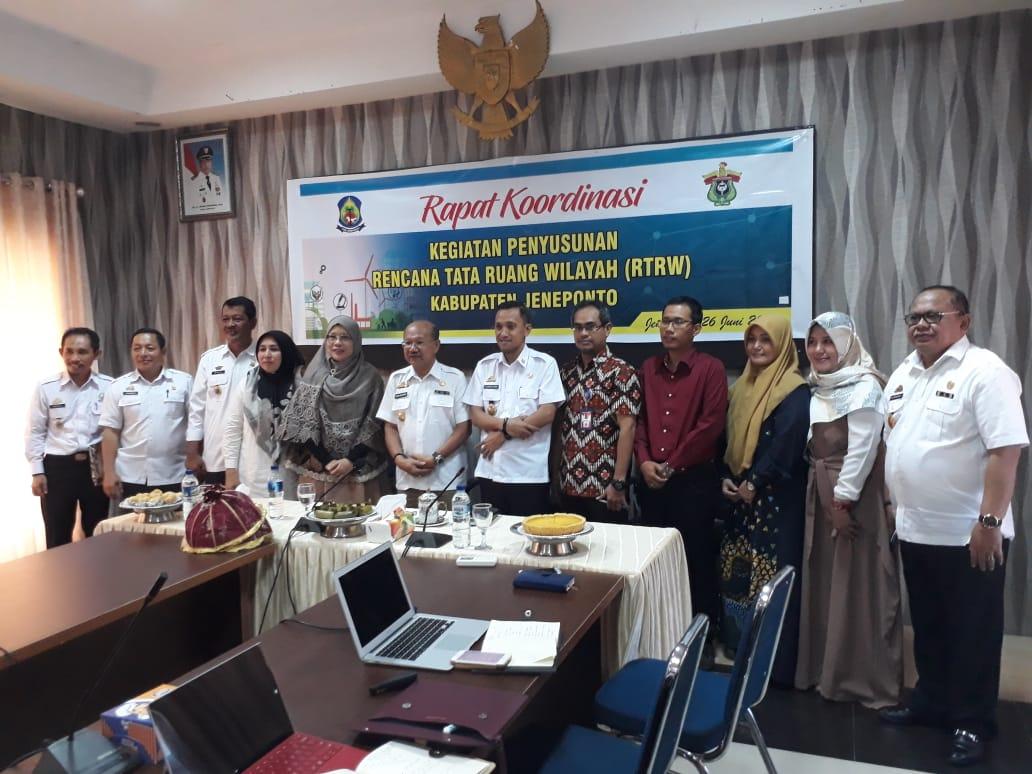 Rapat Koordinasi Kegiatan Penyusunan Rencana Tata Ruang Wilayah (RTRW) Kab. Jeneponto, Rabu (26/06/2019).